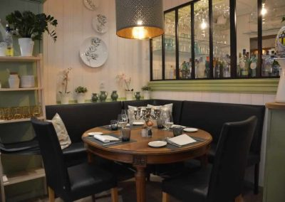 bistro-lolivier-table-ronde
