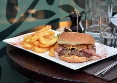 Le Cheeseburger maison du Bistro L'olivier